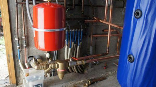 entretien pompe chaleur air eau vitrolles nerg ticien vitrolles abc thermique. Black Bedroom Furniture Sets. Home Design Ideas